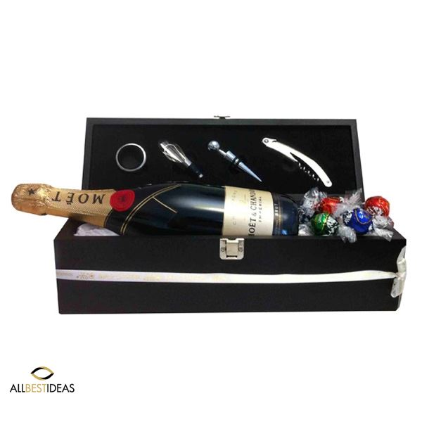 Christmas Moet Wine Box !