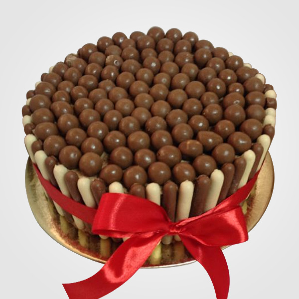 FINGERS and MALTESERS Cake!